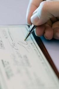 """Gli assegni """"in garanzia"""": Uno strumento inefficace?"""